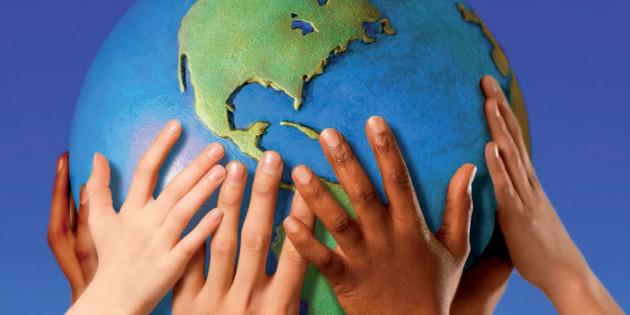 Pace in ogni terra. Editoriale di don Silvio su Insieme