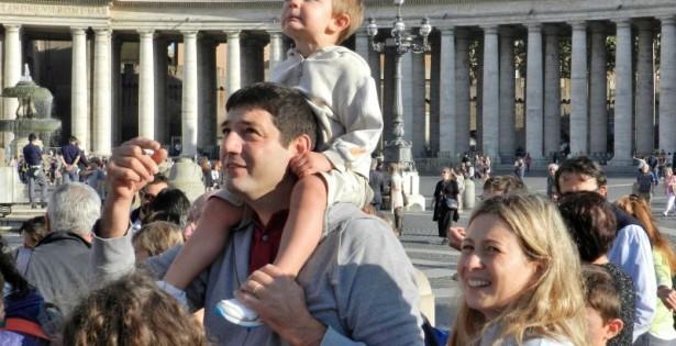 Famiglie in preghiera con il Papa