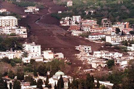 In ricordo delle vittime dell'alluvione a Sarno