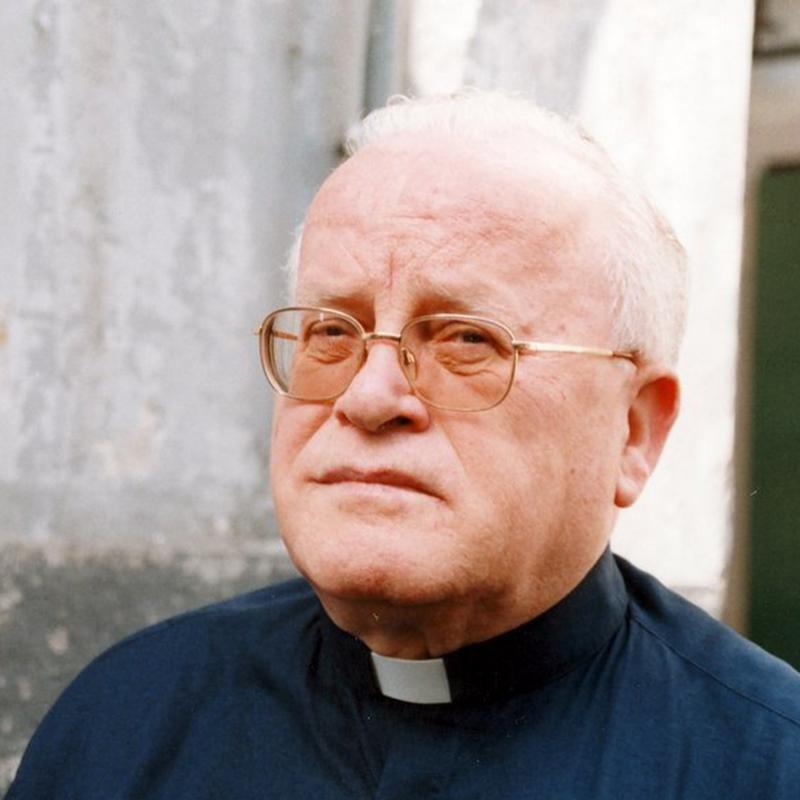 Mons. Alfonso Desiderio