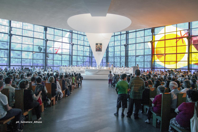 5 giugno 2012 – Santa Messa al Santuario del Divino Amore a conclusione del pellegrinaggio sulla Tomba di Pietro e l'incontro con Papa Benedetto XVI.