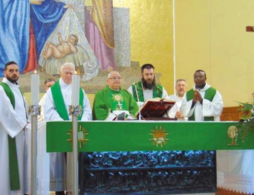 "Visita a S. Maria del Presepe: ""siate un mosaico"""